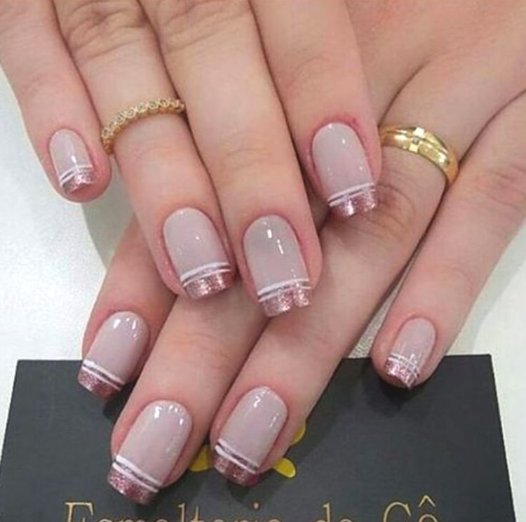 french-manicure-2019-nail-art-design-min
