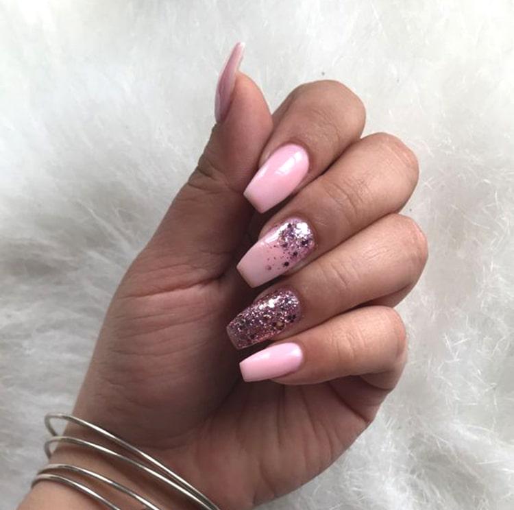 pink-colored-nail-art-design-glittery-nails-min