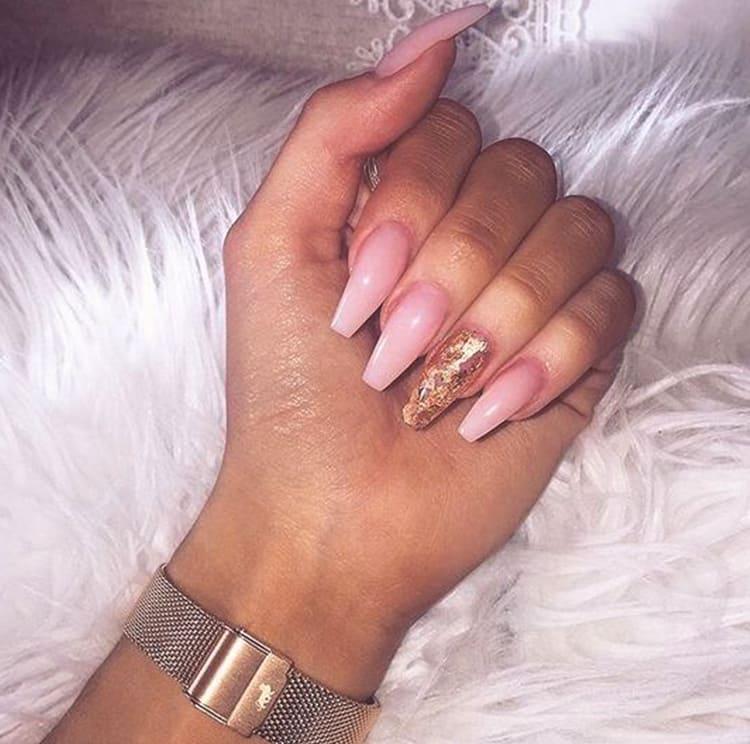 pink-gold-nail-art-design-min