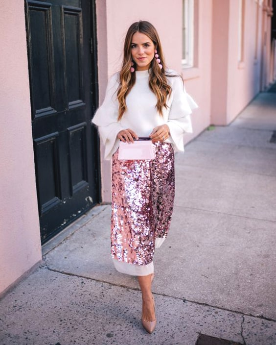 pink-long-sequin-skirt-white-blouse-outfit-christmas-outfit-ideas-min