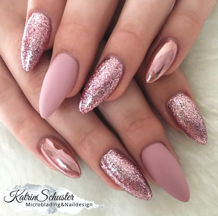 rose-gold-glittery-nail-art-nail-art-design-2019-min