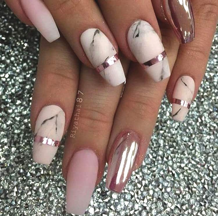 rose-gold-marble-nail-art