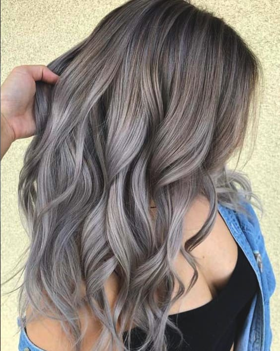 ash-grey-hair-2019-best-hair-trends-min