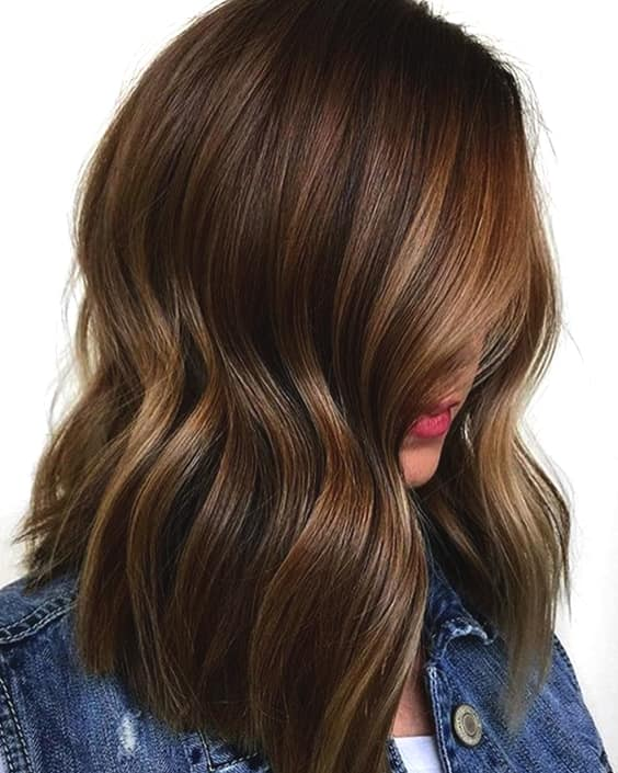 chestnut-brown-hair-trend-2019-hair-colors-min