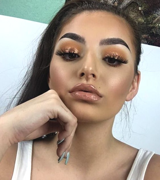 glossy-makeup-ideas-for-night-out-min