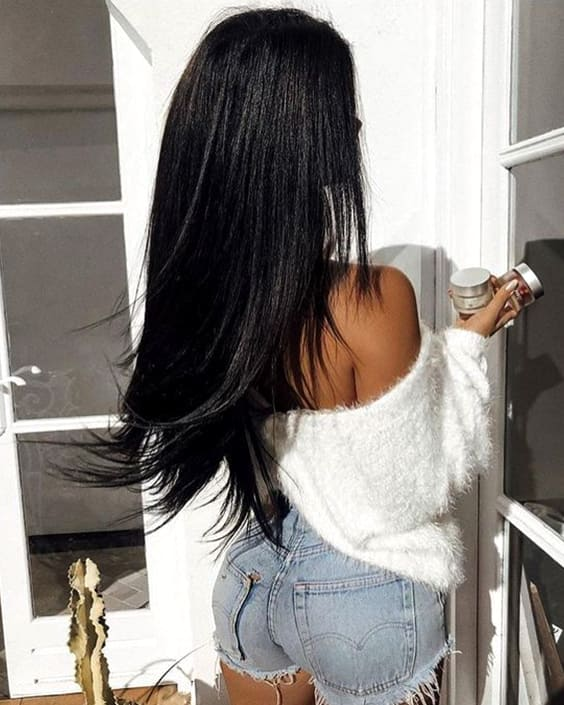 inky-black-hair-trend-2019-hair-color-ideas-min
