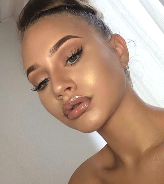 nude-glam-night-out-makeup-looks-night-out-makeup-ideas-min