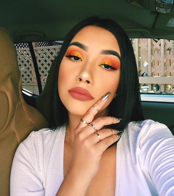 orange-eyeshadow-makeup-looks-night-out-makeup-ideas-min