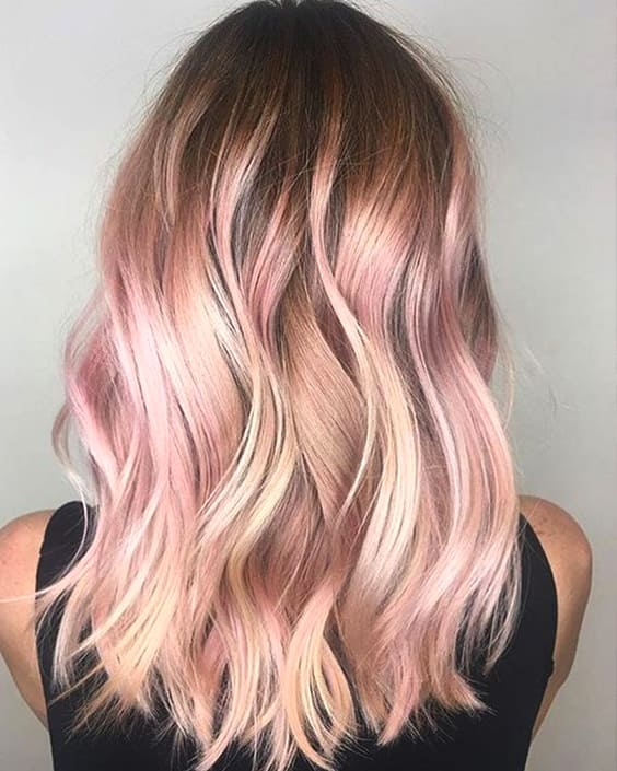 pastel-pink-hair-trend-hairstyles-2019-min