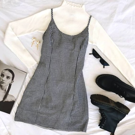 turtleneck-white-sweater-plaid-mini-dress-cozy-valentines-day-outfits-min