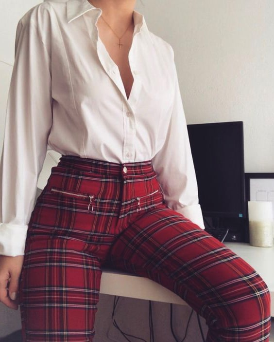 white-shirt-red-checked-leggings-valent,nes-day-outfit-ideas-min