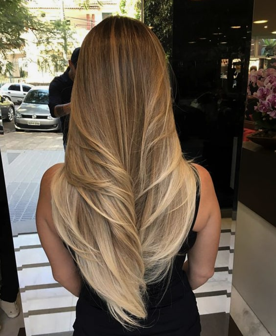 blond-long-layered-hair-2019-haircut-trends-min