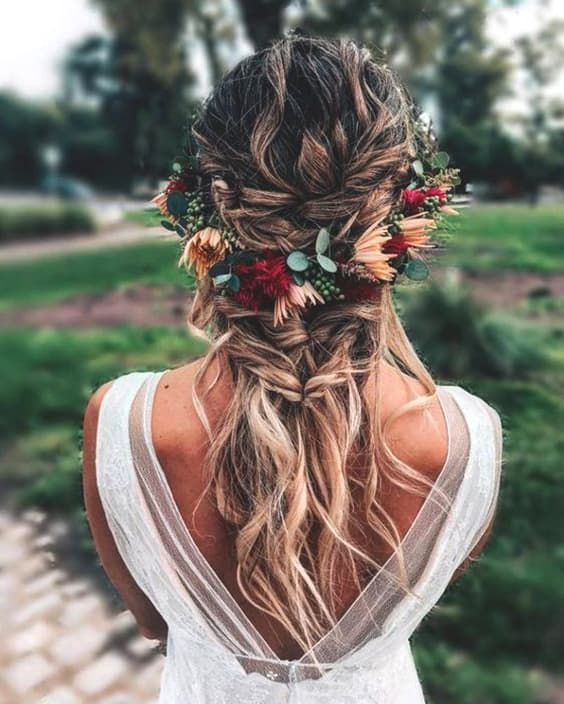 72 Romantic Wedding Hairstyle Trends In 2019