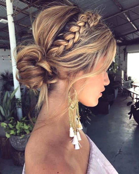 Wedding Hairstyle With Braids: 72 Romantic Wedding Hairstyle Trends In 2019