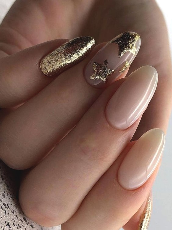 gold-starry-nail-design-idea-valentines-day-diy-nails-min
