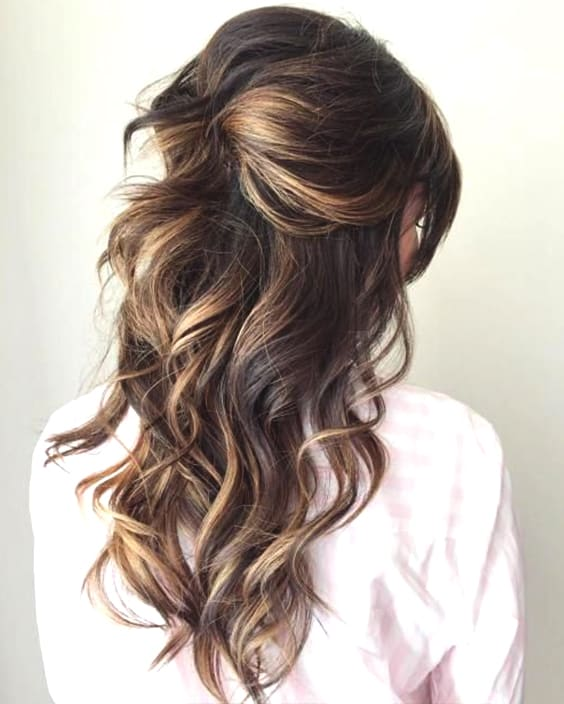 half-up-half-down-wedding-hair-2019-min
