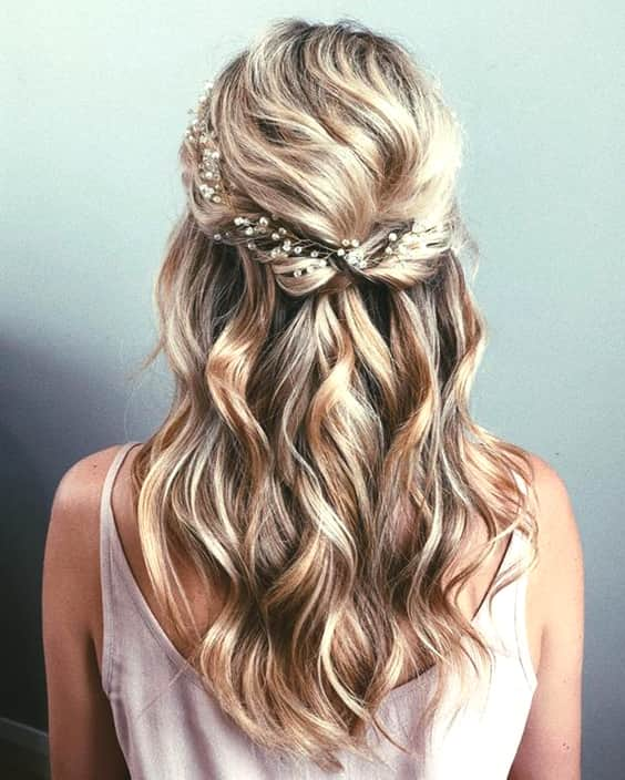 half-up-half-down-wedding-hairstyles-min