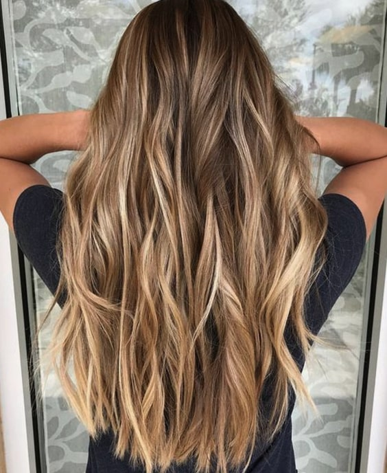 long-layered-hair-2019-haircut-trends-long-layers-min