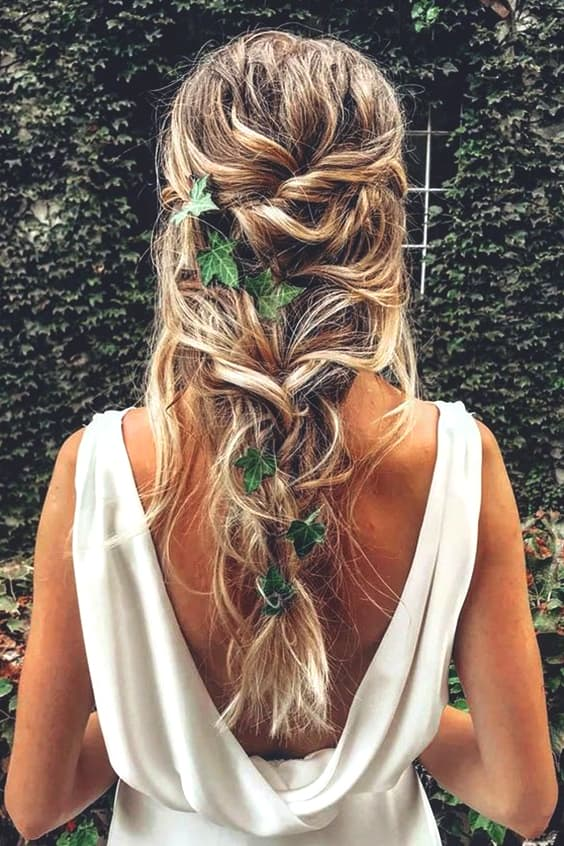messy-boho-wedding-hairstyles-min