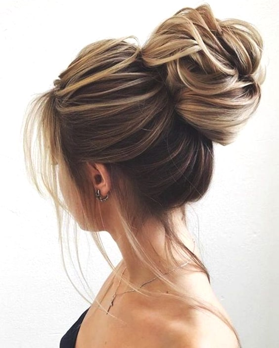 messy-high-bun-min