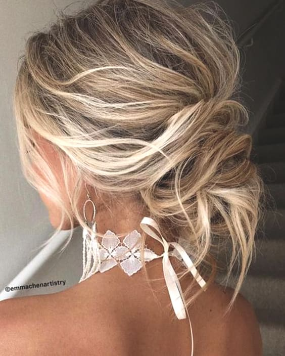 messy-low-updo-hair-trends-wedding-hairstyles-2019-min