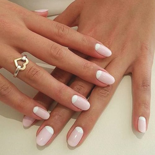 moon-manicure-valentines-day-diy-nail-art-min