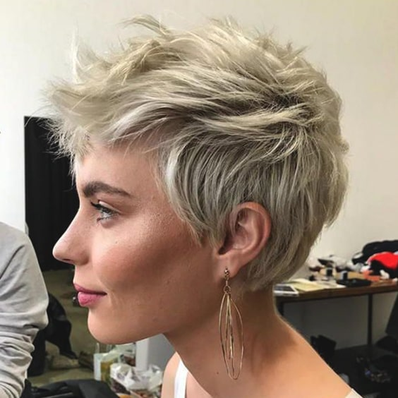 textured-pixie-haircut-2019-hair-trends-min