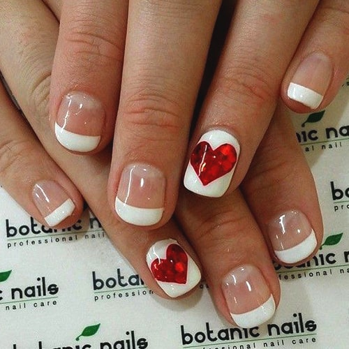 valentines-day-diy-manicure-ideas-heart-french-mani-min