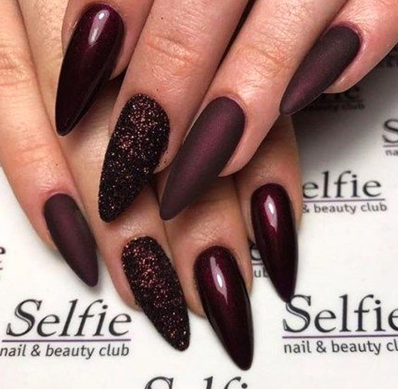 valentines-day-nail-polish-burgundy-nail-designs-min