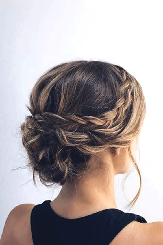 Wedding Hairstyle Short Hair 2019 Trends Min Ecemella