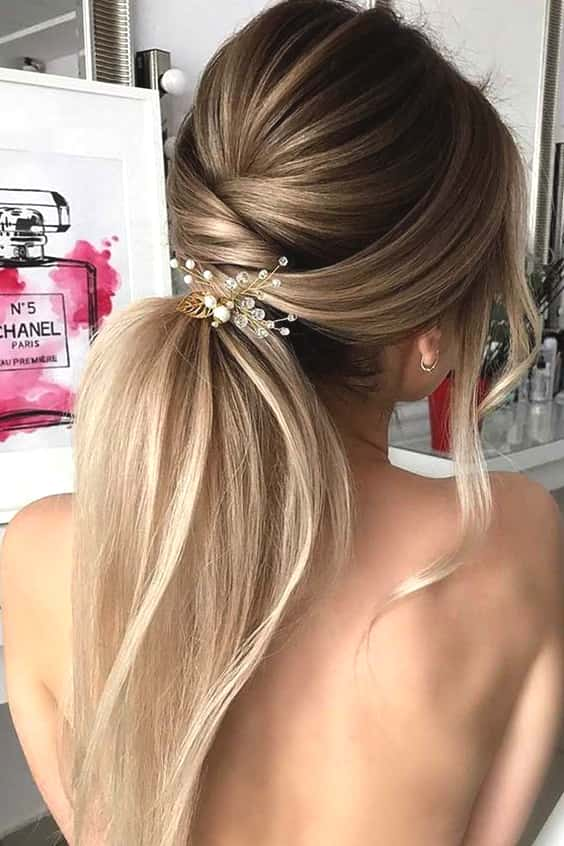 wedding-ponytail-hairstyles-for-long-hair-min