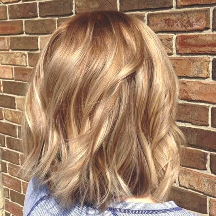 Warm-Blonde-Spring-Hair-Ideas-min