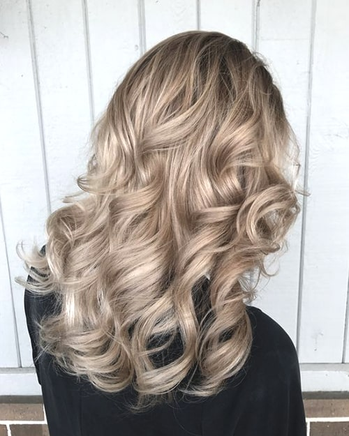 champagne-blonde