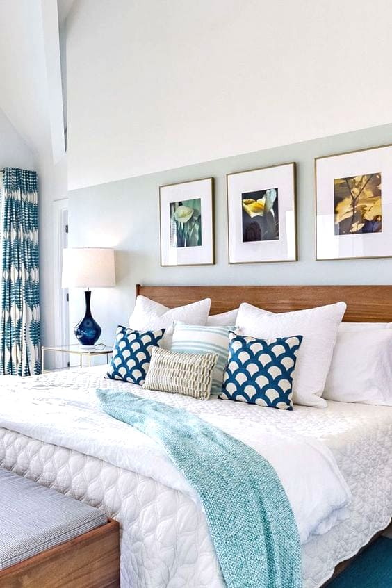 coastal-beach-bedroom-design-ideas-min