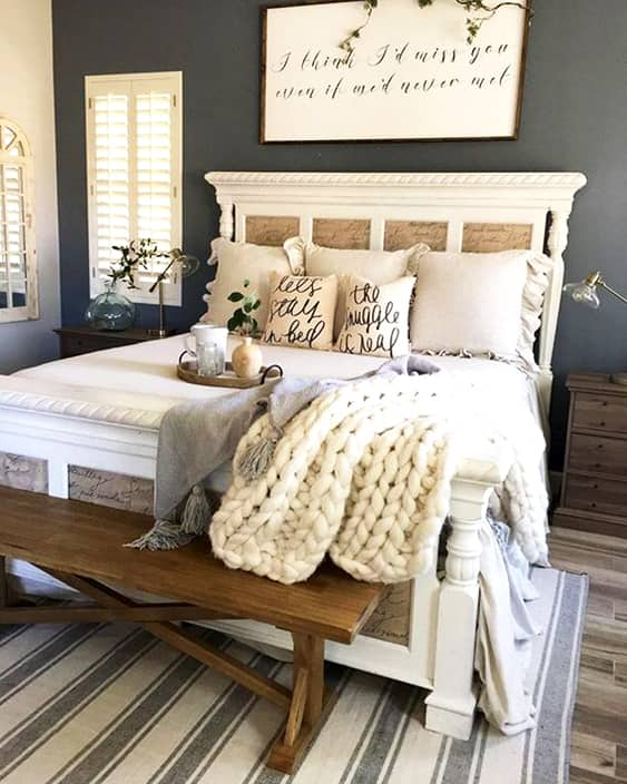 farmhouse-bedroom-ideas-interior-design-min