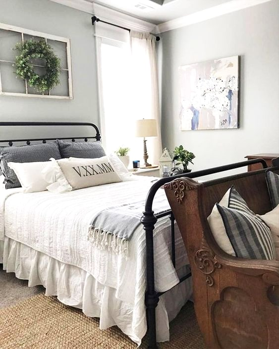 farmhouse-master-bedroom-design-ideas-min