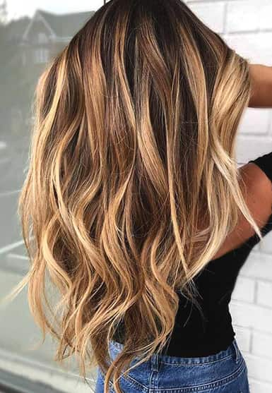 golden-highlights-blonde-highlights-min