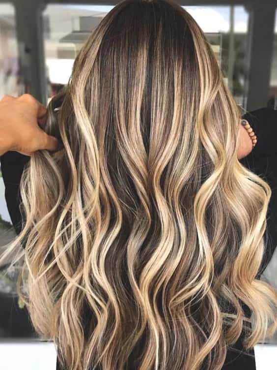 golden-highlights-blonde-min