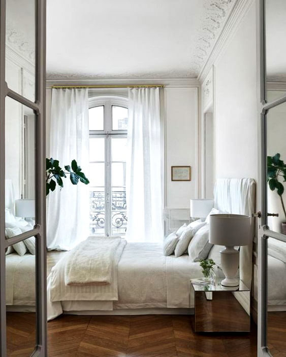 parisian-bedroom-inspirations-home-decorating-min