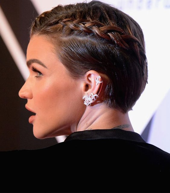 50 Stunning Wedding Hairstyles That Are Perfect for Short Hair