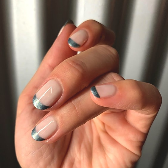 12 Popular Winter Nail Art Trends That You Need To Try ASAP