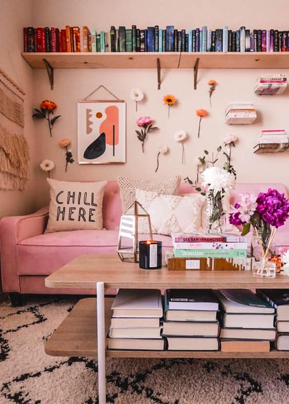 How To Decorate Your Blank Walls: 17 Inspirational Chic Ideas