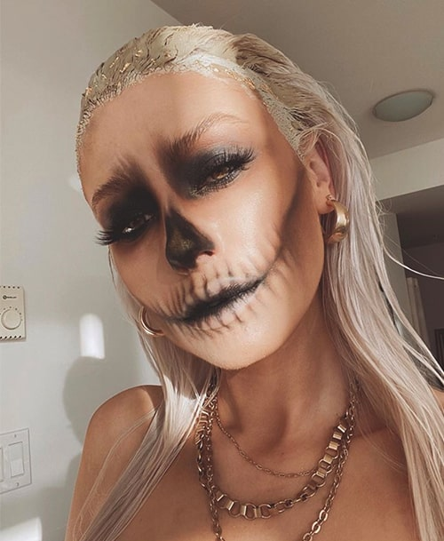 30+ Hauntedly Pretty Halloween Makeup Looks That Will Level Up Your Costume